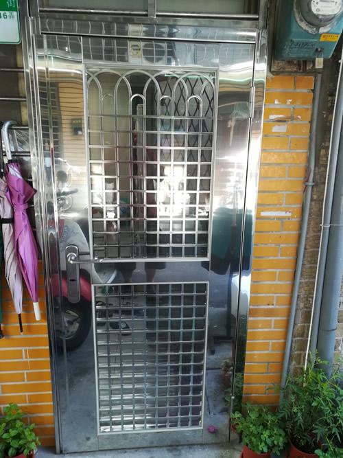 不鏽鋼鐵門/鐵窗
