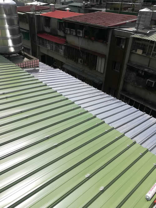 台北市新店區鄭大哥 鐵皮屋頂